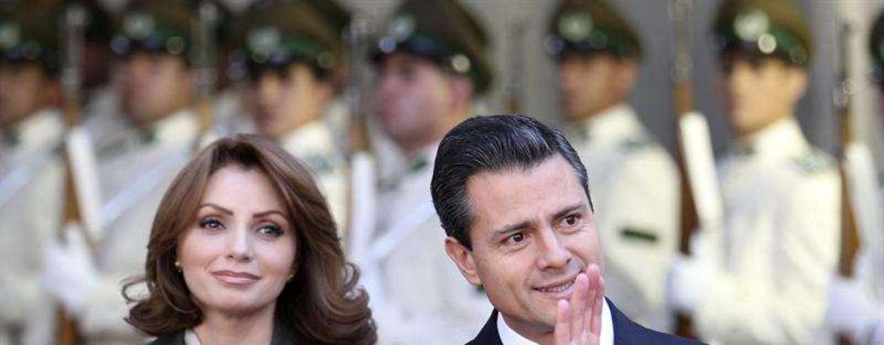 Peña Nieto también aludió con los empresarios chilenos el caso de la brasileña Petrobras, que tiene participación de capital privado, con acciones negociadas en Nueva York, Sao Paulo y Madrid.