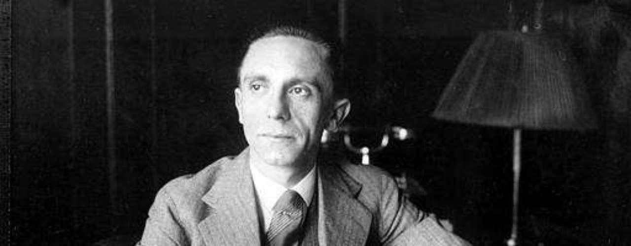 Rosensaft dijo que tales materiales pertenecen a un archivo para que los estudien historiadores y que le preocupaba que los documentos puedan usarse como relicarios del líder nazi.