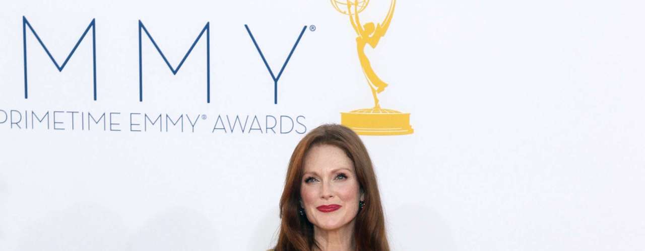 Wearing a Dior Couture dress, Julianne Moore wore the bright hue.