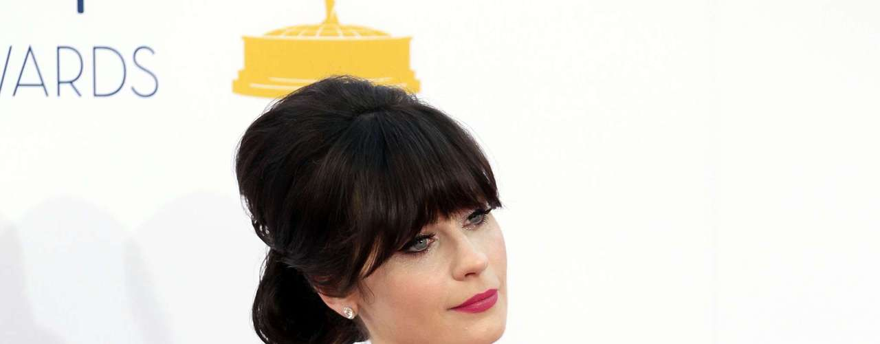 Celebrities made use of sheer fabric at the 2012 Primetime Emmys. It was a hot day in Downtown L.A. and Zooey Deschanel tried to keep cool.