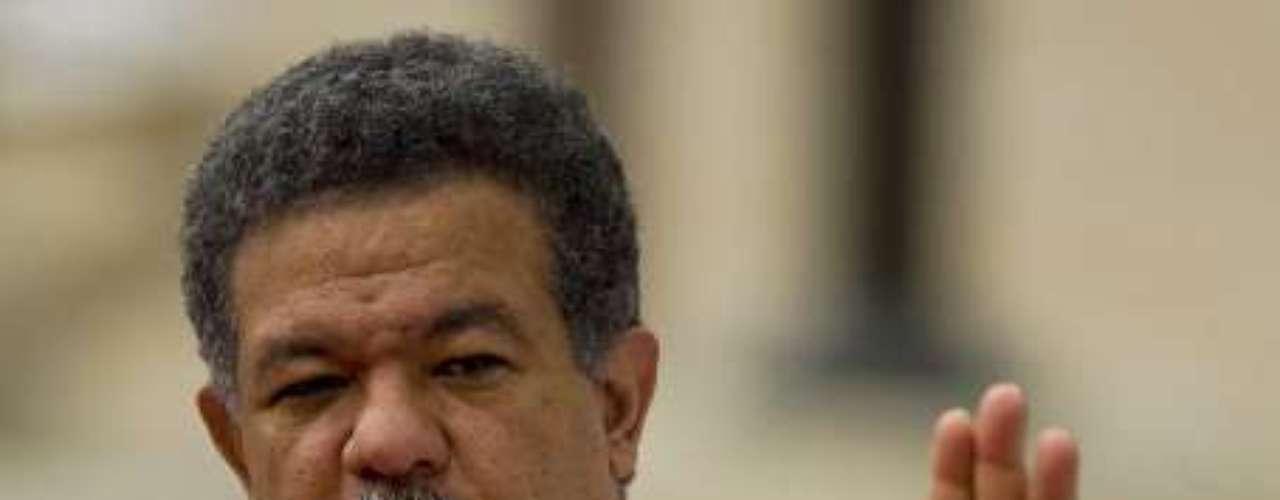 El presidente de República Dominicana, Leonel Fernández, que ha liderado tres legislaturas, con un 61%, se encuentra en la sexta posición.