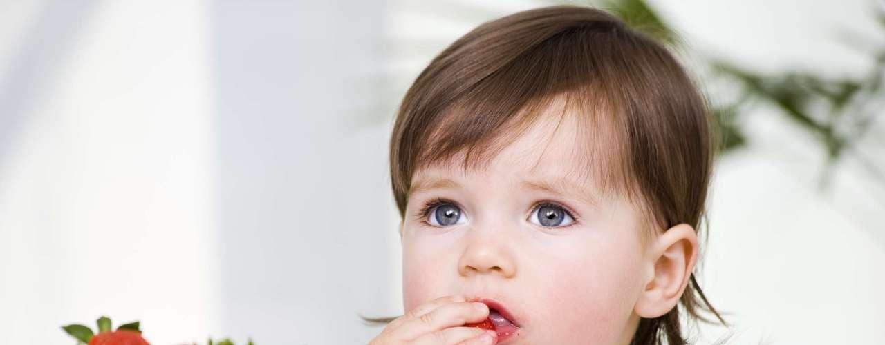 ¿Aumentan el riesgo de intoxicación alimentaria? No. El que estén expuestos a las inclemencias del tiempo y eventualmente a las plagas no quiere decir que causarán una intoxicación, ya que no vas a consumir un alimento estropeado. Además, los orgánicos, no tienen químicos agregados. Mito!