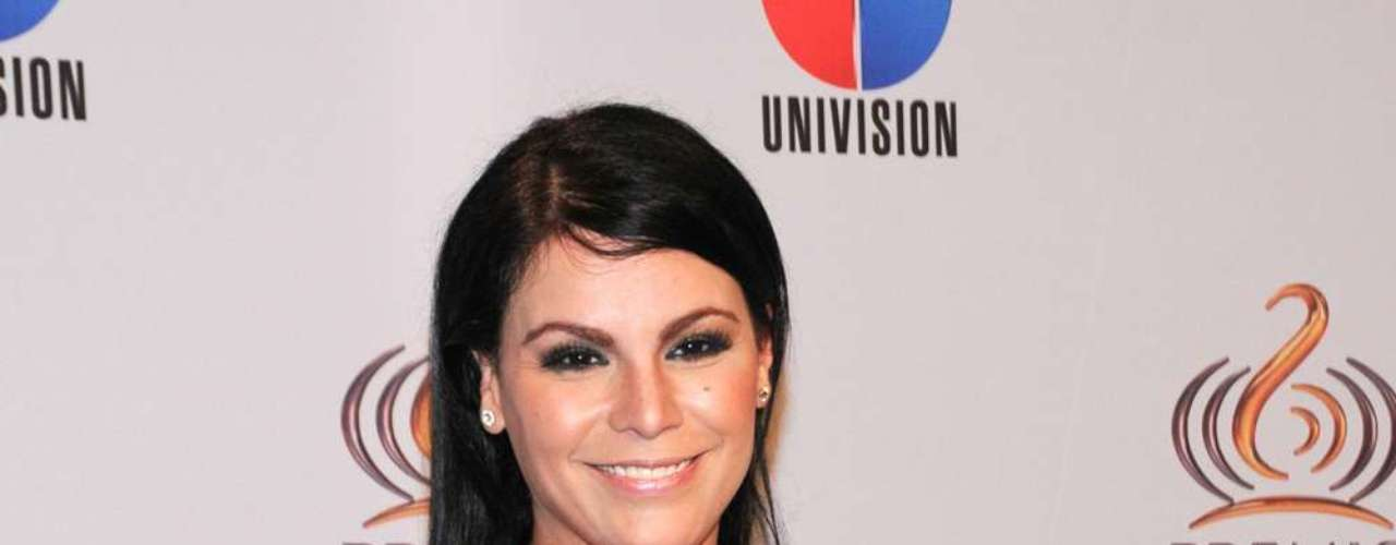 Olga Tañon suffered violence and abuse from her ex-husband Juan Gonzalez. Due to this Olga is now an advocate of domestic violence awareness.