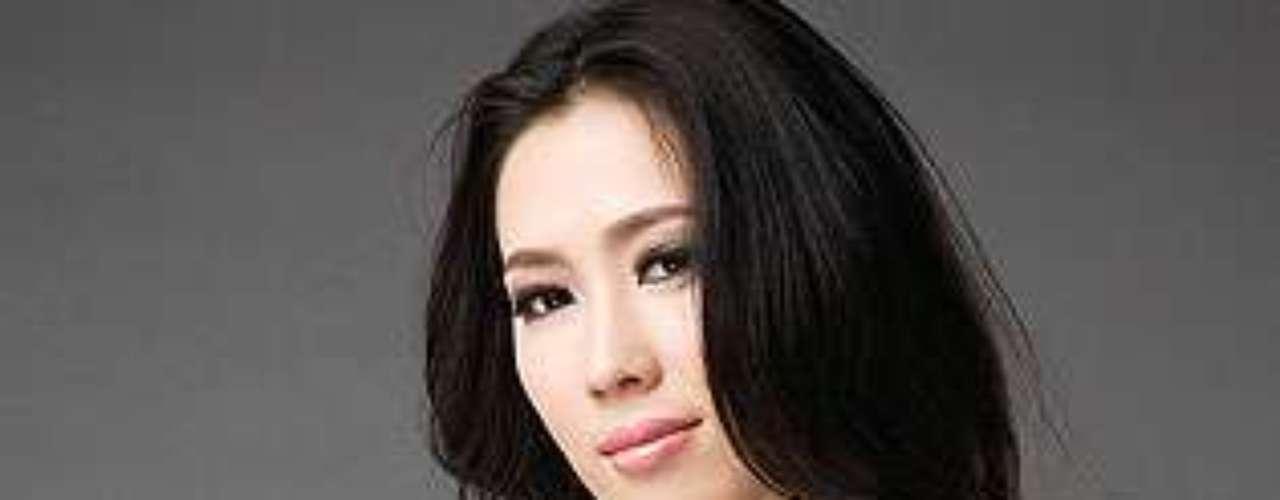 Miss China - Zhang Chengcheng. Tiene 23 años de edad y mide 1,75 metros de estatura.