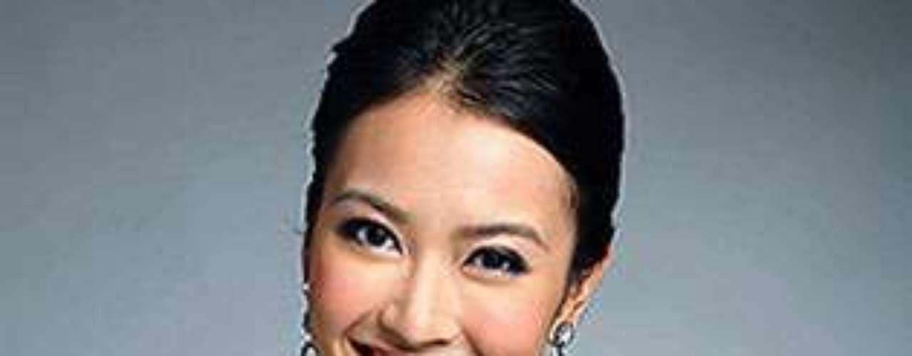 Miss Hongkong - Tracy Tsin Suet Chu. Tiene 21 años de edad y mide 1,76 metros de estatura.