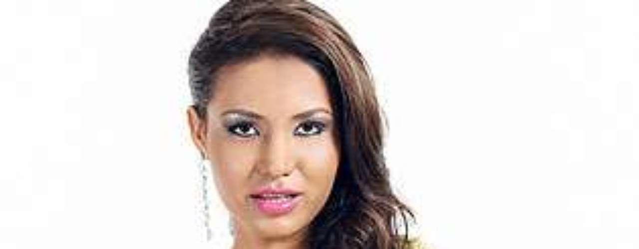 Miss Nicaragua - Reyna Perez. Tiene 19 años de edad y mide 1.73 metros de estatura.