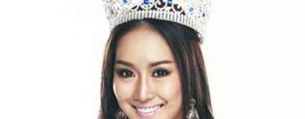 Miss Tailandia - Rungsinee Panjaburi. Tiene 20 años de edad y mide 1.76 metros de estatura.