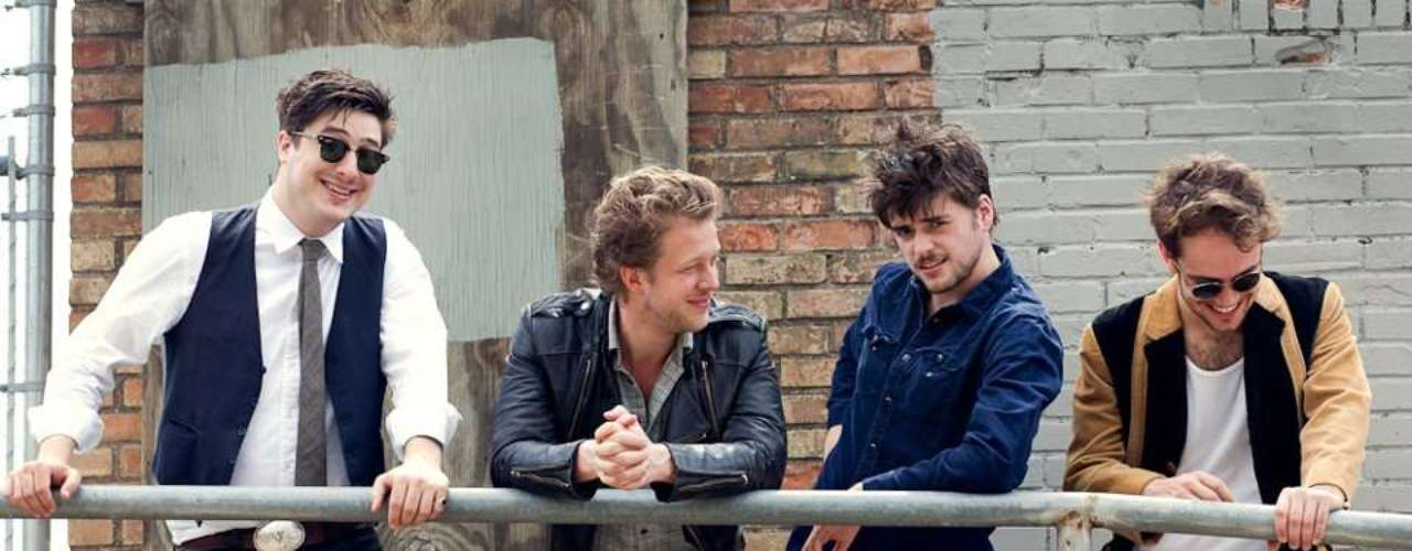 British folk band Mumford and Sons bumped Justin Bieber from his throne as the biggest debut sales of 2012 moving 600,000 copies of their sophomore album Babel on it's release day. BillBoard reports marks the biggest debut this year, the largest sales week for RED Distribution ever and the second-biggest frame for an independently-distributed album.