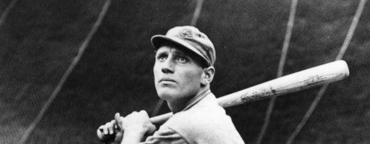 Chuck Klein of the Philadelphia Phillies became the next member of the club in 1933, when he posted a .368 batting average, slugged 28 HR and drove in 120 runs to lead the National League.