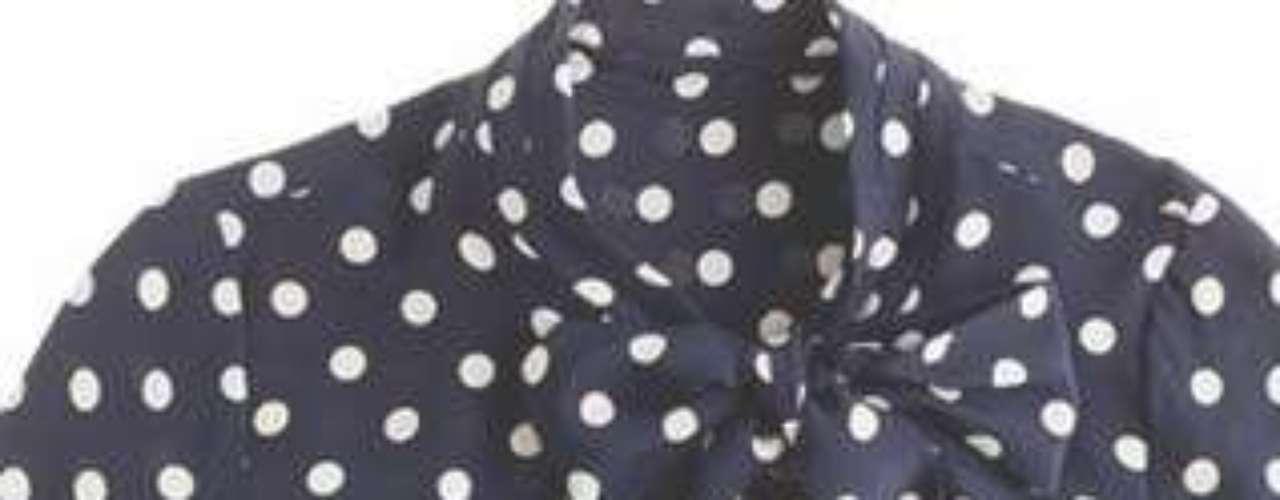 Blusas de lunares o estampadas, perfectas para ir al a trabajar o cualquier tipo de evento, son ideales para mezclar con cualquier tipo de prendas y te dan un punto de elegancia.