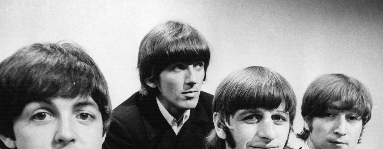 Durante su trayectoria, que culminó en 1970, el conjunto arrasó en las listas de popularidad musicales. Lograron colocar 20 canciones en el número 1 durante su carrera.