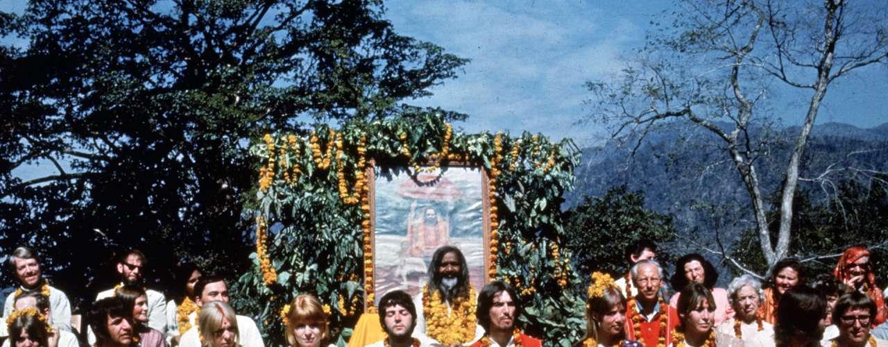 John Lennon murió asesinado el 8 de diciembre de 1980 en Nueva York. George Harrison falleció víctima de cancer pulmonar el 29 de noviembre de 2001. Paul McCartney y Ringo Starr continúan, con distinto nivel de éxito, sus carreras en solitario.