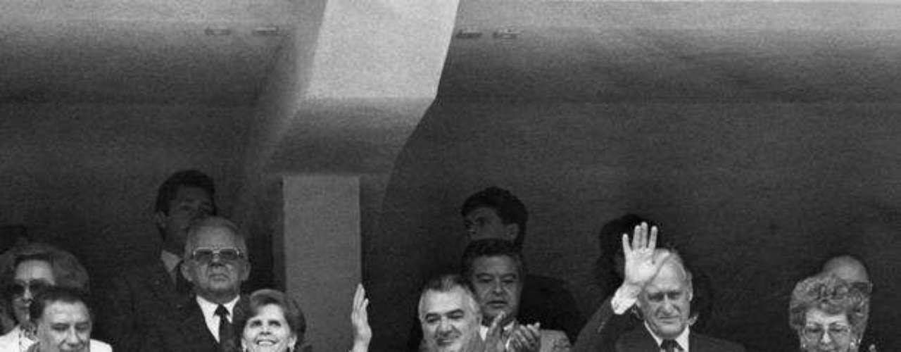 MIGUEL DE LA MADRID HURTADO.- Al dejar la silla presidencial, fue director del Fondo de Cultura Económica, de 1990 al año 2000, por lo que publicó casi una decena de libros. Colaboró en el Consejo InterAcción, un grupo integrado por ex presidentes mundiales dedicado a realizar informes y estudios sobre diversos temas internacionales.