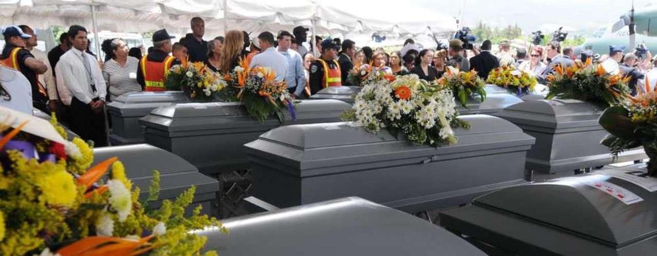 Así llegaron los féretros a El Salvador, de donde provenían la mayorías de las víctimas.