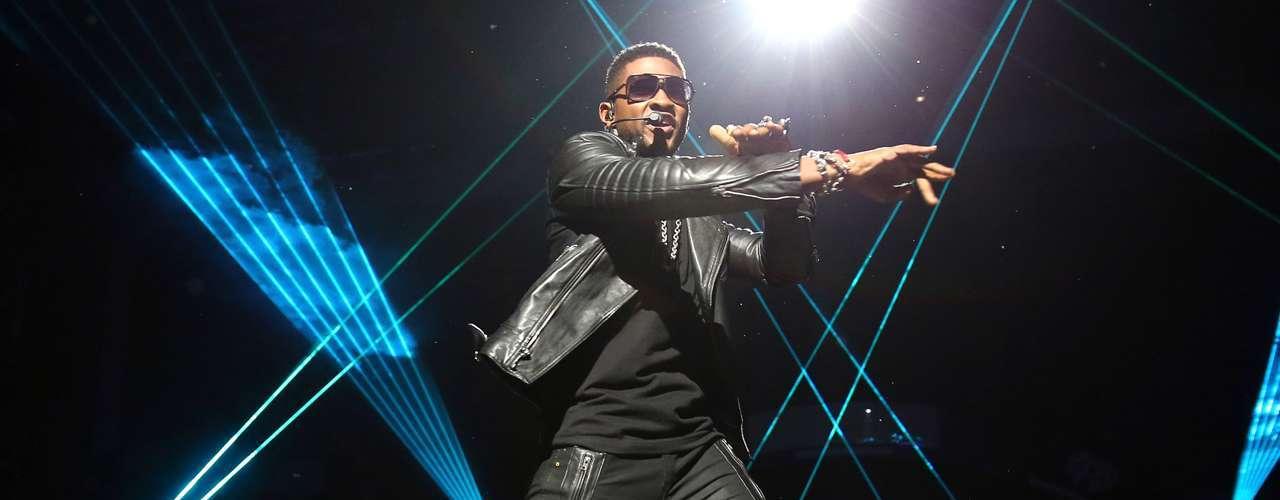 Con una larga trayectoria, que comenzó apadrinada por Sean 'Diddy' Combs, Usher es el primer hombre en la lista (y el único entre los 10 primeros lugares del conteo). Séptima posición entre lo más destacado de las últimas dos décadas para el creador de éxitos como 'My Way' y 'Yeah!'.