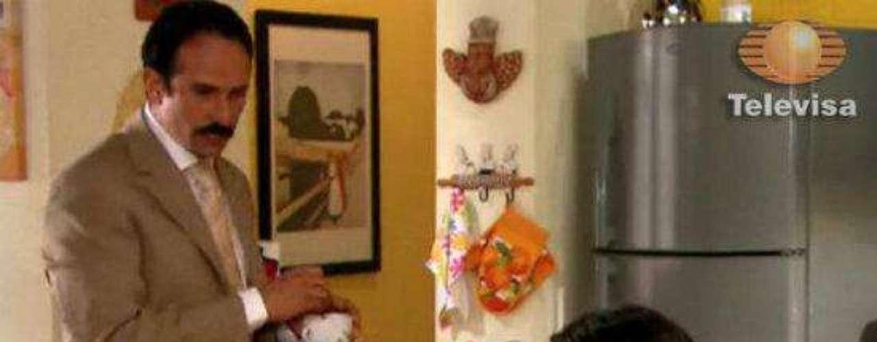 'Fernando' (Pablo Valentín) y 'Marcela' (Tiaré Scanda) no se separaron, cuando él por fin aceptó sus errores y mostró en un año que sí podía cambiar.Dos actrices, un personaje... ¿Quién lo hizo mejor?Los 50 rostros más bellos de las telenovelas¿Gallitos de pelea? Los actores y sus... ¡guerras en el set!Artistas de telenovelas y sus dobles... ¡igualitos!