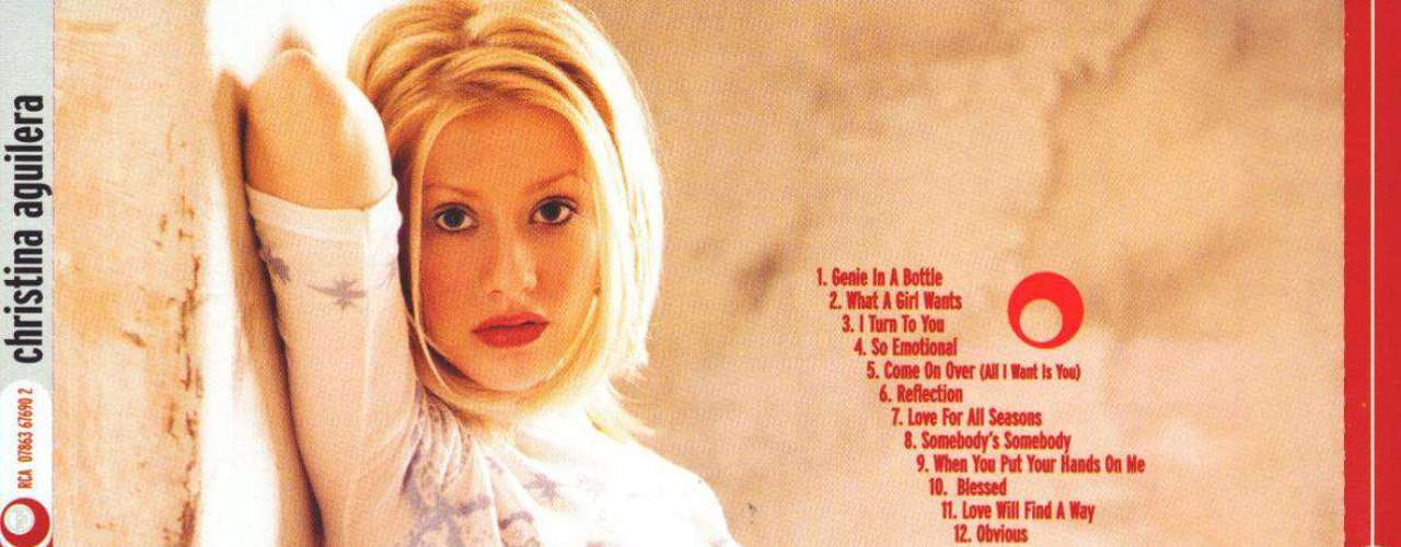 En la contra portada de su primer álbum, Xtina aparece como una provocativa \