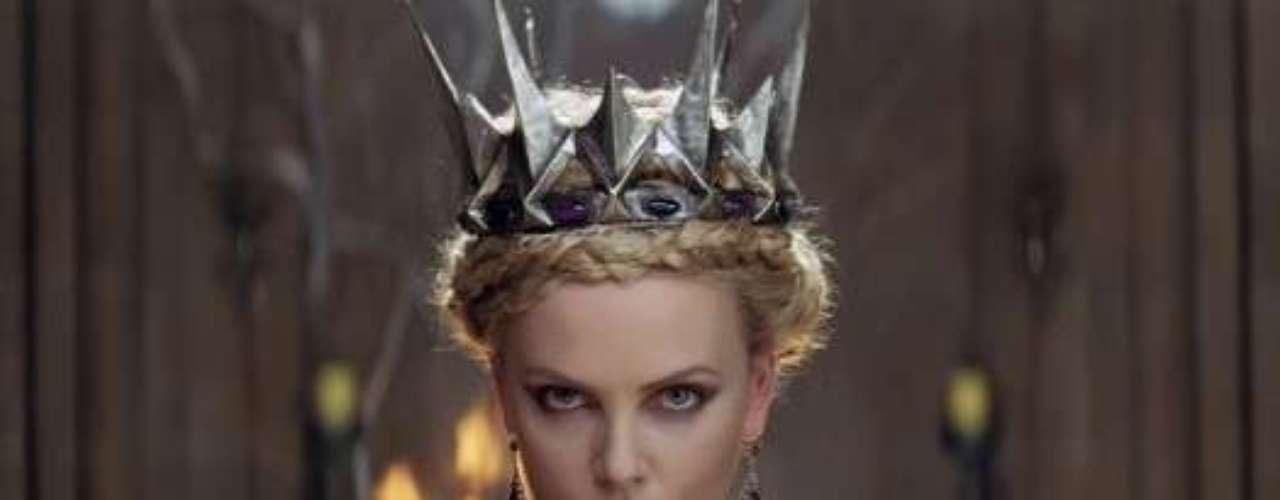 RAVENNA: una reina maldita. Así es el personaje de Charlize Theron en la cinta 'Snow white and the hunstman'.