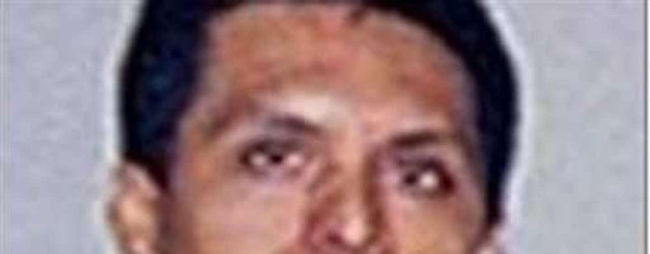 Está casi confirmado que fue Miguel Treviño Morales (foto), El Z-40, quien se robó el cadáver de Heriberto Lazcano, según información con que cuenta la Secretaría de Marina. Treviño es quien tomó la jerarquía de El Lazca, ex jefe y fundador de Los Zetas.