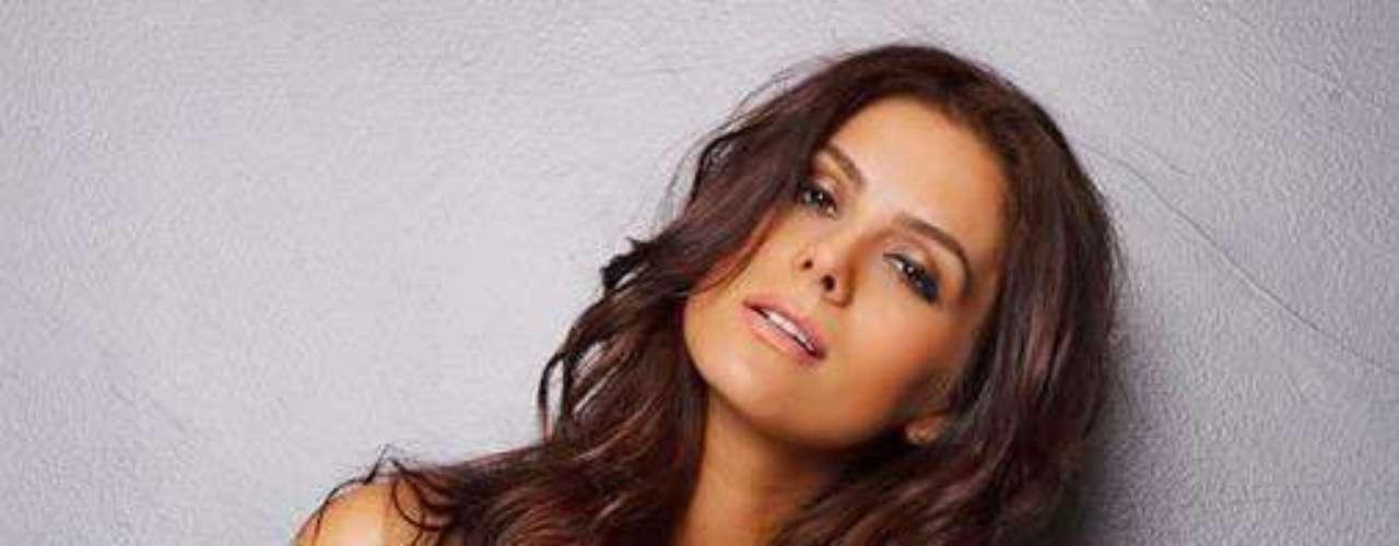 Miss Brasil - Gabriela Markus. Mide 1.80 metros de estatura. Tiene estudios en ingeniería de alimentos.