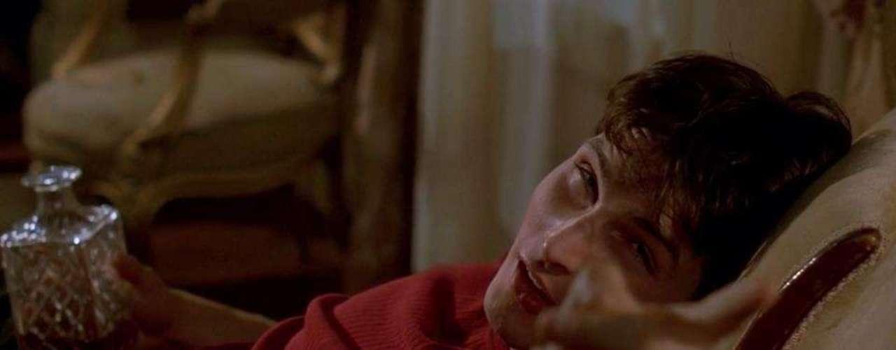 Su nombre completo es Peter Alexander Joseph Facinelli y aunque es americano tiene herencia italiana. En la imagen interpreta a Mike Dexter en la cinta de 1998, 'Can´t Hardly Wait'.