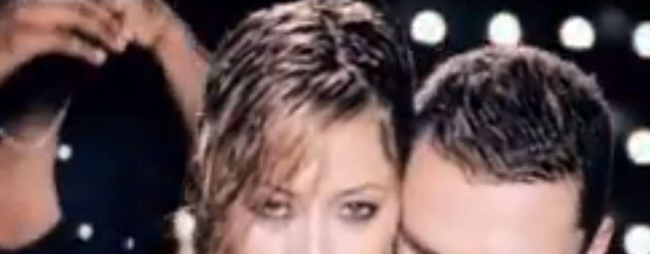 Holly Valance's Tarkan cover 'Kiss Kiss.'