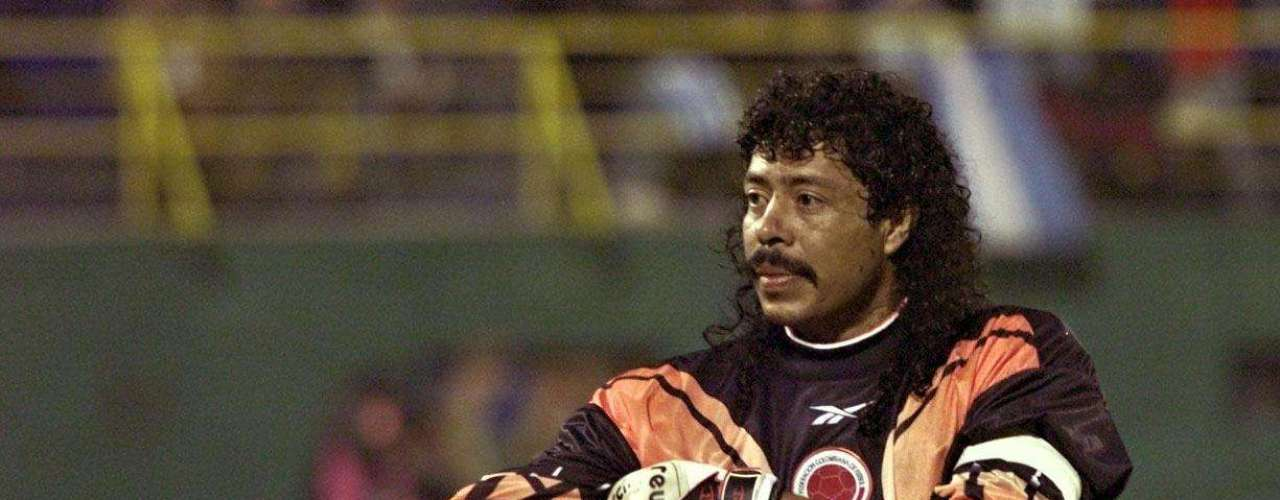 Rene HIguita, best known for his scorpion kick against England, has tested positive for cocaine on various occasions. More infamously, he was arrested in 1993 after getting involved in kidnapping.