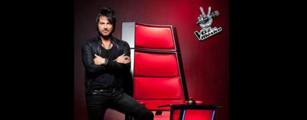 Beto Cuevas. El cantante y exlíder de la reconocida banda chilena de rock La Ley, Beto Cuevas, llegó también a 'La Voz México' para su segunda temporada. Sus conocimientos y carisma han sido sus armas claves para ir por buen camino como entrenador en este reality.