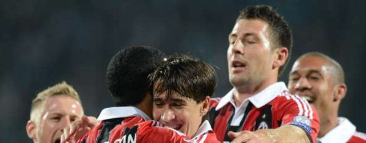 Saturday October 20: Milan will have a complicated visit to the capital as it attempts to get out of its early season slump while Lazio hopes to count on a rejuvenated MIroslav Klose.