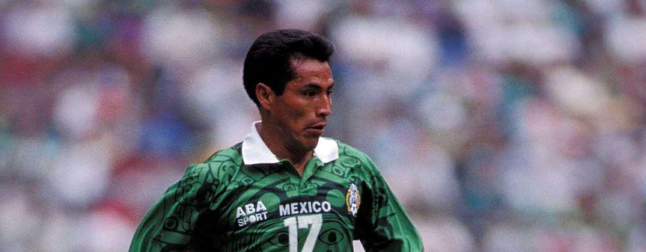 6.- Benjamín Galindo de igual manera hizo 29 goles con la selección de 1983 a 1997.