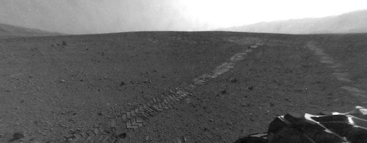 El robot encontró el material en la superficie del \