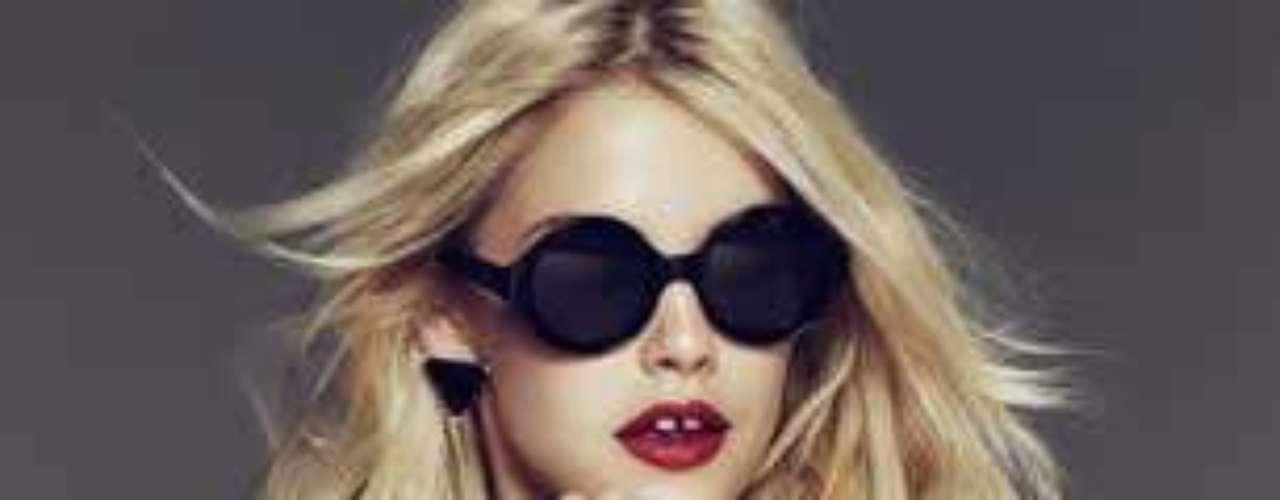 Este fin de semana se inaugura en Paseo Interlomas la tienda Forever 21. En una primera etapa lanzará tan sólo ropa de mujer y niña para en un futuro entrar también al mercado masculino. La línea está dirigida para aquellas mujeres que quieren lucir eternamente jóvenes pero con mucho estilo.