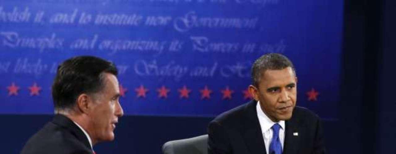 Mitt Romney, en un tramo de la discusión, felicitó a Obama por haber matado a Osama Bin Laden. Obama, más tarde, insinuó que Romney coincide con su política exterior en relación a Siria. Al final, ¿no eran opuestos en todo?