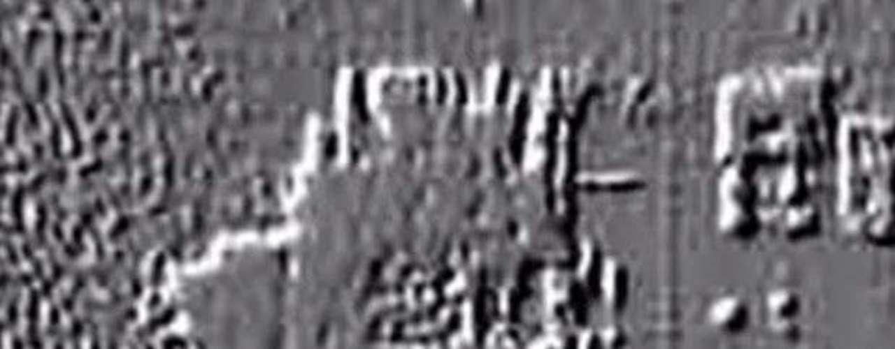 Gracias a la tecnología del sonar, los investigadores descubrieron una serie de estructuras que yacen entre 700 y 900 metros de profundidad.