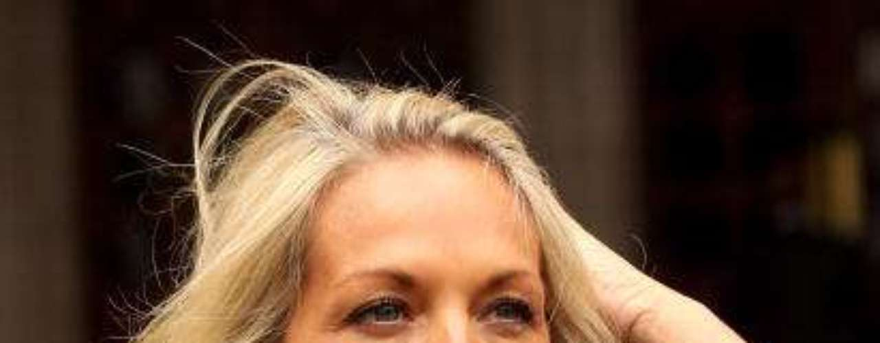 Sheryl Failes fue esposa de Gascoigne, con quien tuvo un hijo, Regan Paul Gascoigne, que siempre criticó a su padre.