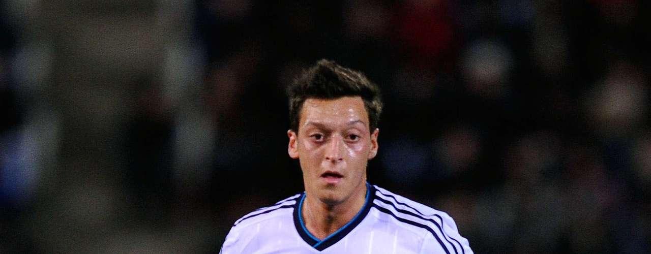 Mesut Ozil - Real Madrid - España