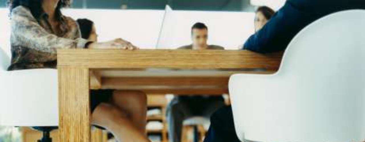 El sitio studentbeans.com, realizó una encuesta para saber en qué carreras universitarias los alumnos tienen más relaciones sexuales, tomando en cuenta el número de parejas que tienen en un año y el diario mexicano Universal, los recopiló. Marketing: 4.57 parejas sexuales.