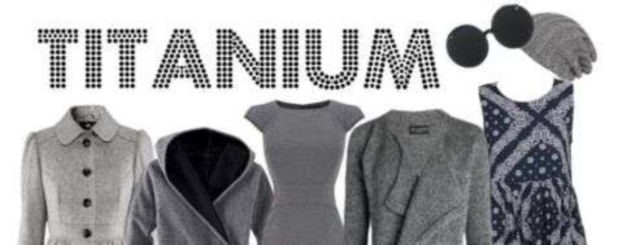 El gris es el color básico en las temporadas de frío, nos encanta en suéters, botas, jeans.