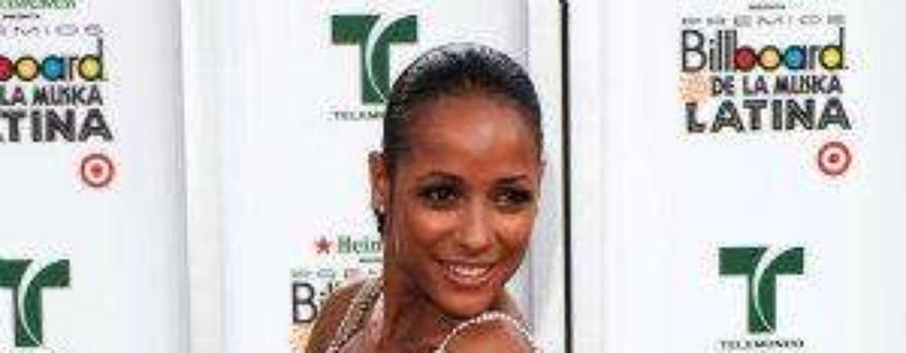 La exitosa actriz nació en Santo Domingo, República Dominicana, el 30 de noviembre de 1979.Estrellas de novela que cumplen años en SeptiembreEstrellas latinas que cumplen años en octubreEstrellas de novela que triunfan en Hollywood