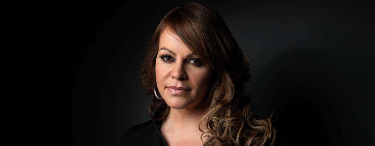 Al momento de su muerte, la cantante atravesaba por un momento delicado que desató una serie de fuertes escándalos debido al anuncio de su divorcio de Esteban Loaiza.