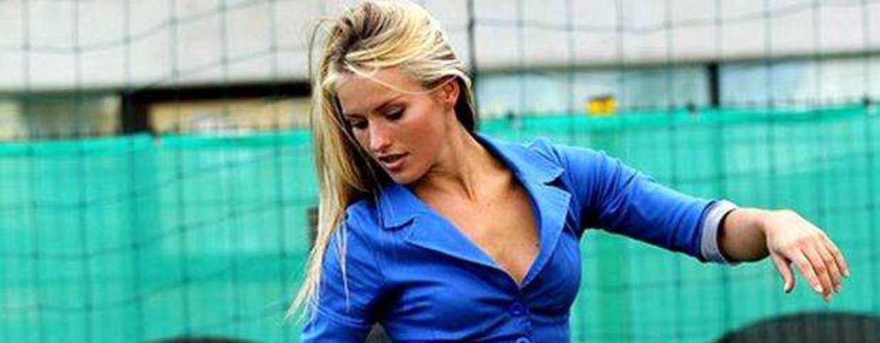 Esta modelo croata es también entrenadora de hombres, lo hace en la quinta división croata.
