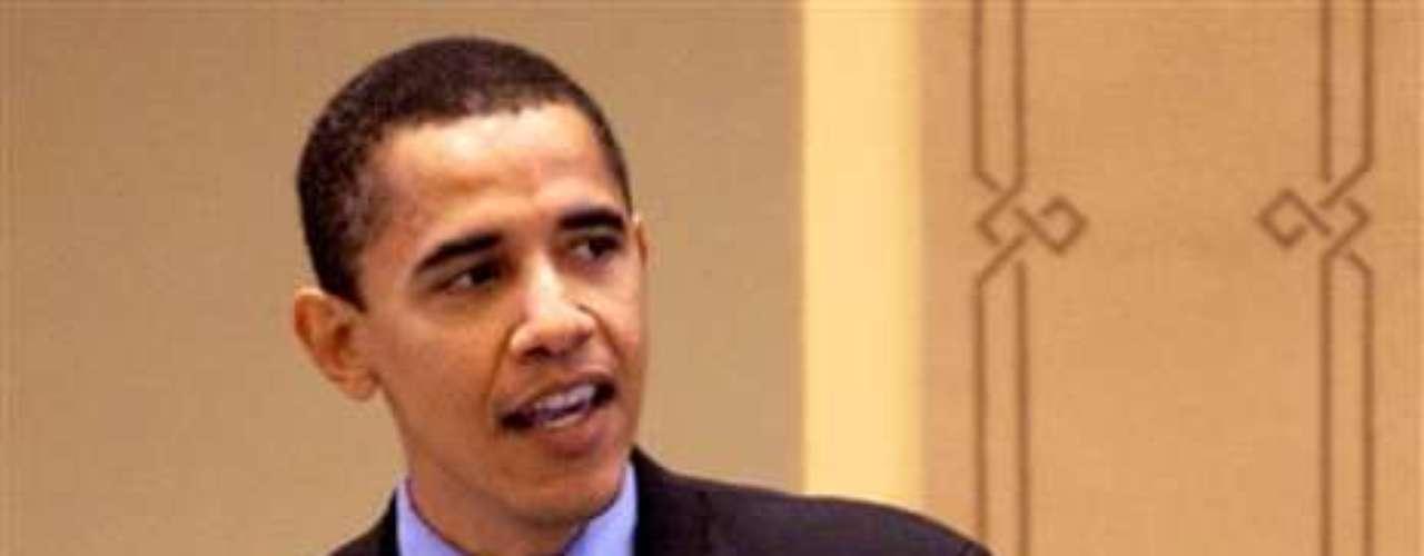 Barack Obama es el actual presidente de Estados Unidos y es quizás, quien más haya pagado el puesto. Cuando asumió, en 2008, era un joven apuesto con una postura vital.