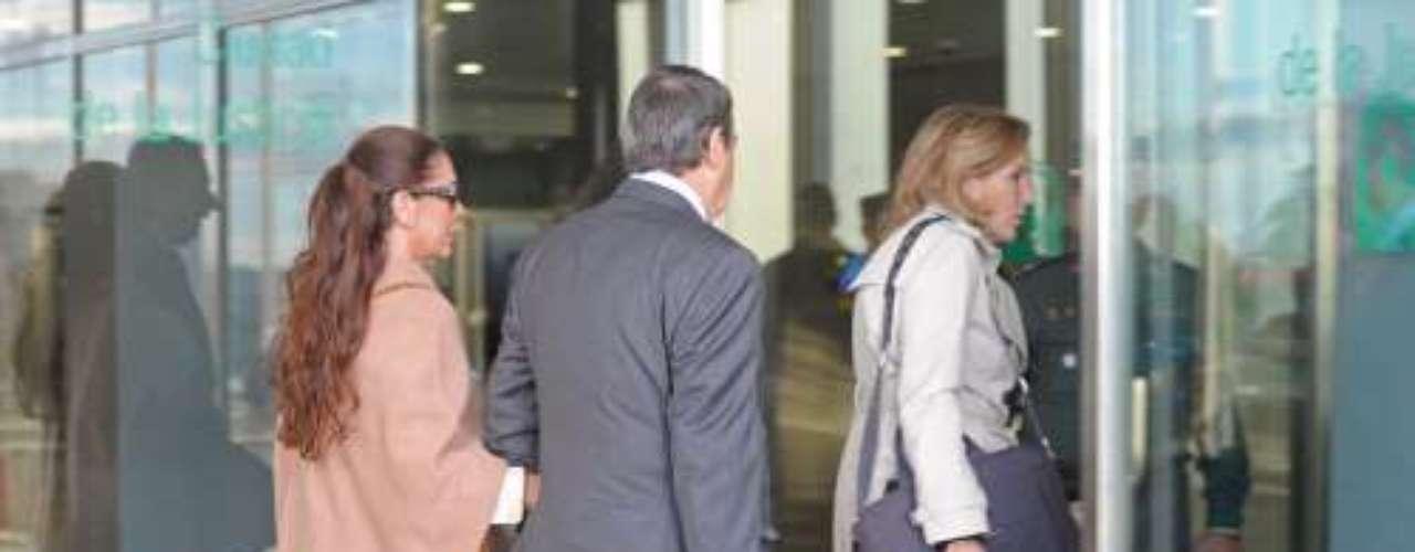 'El programa de Ana Rosa' (Telecinco) asegura tener documentos que demuestran que durante la relación de Isabel Pantoja y Julián Muñoz, la artista recibió ingresos de procedencia desconocida.