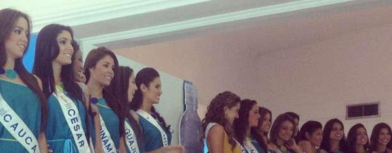 Las candidatas al Concurso Nacional de Belleza lucen fantásticas vestidas con los diseños de Isabel Henao.
