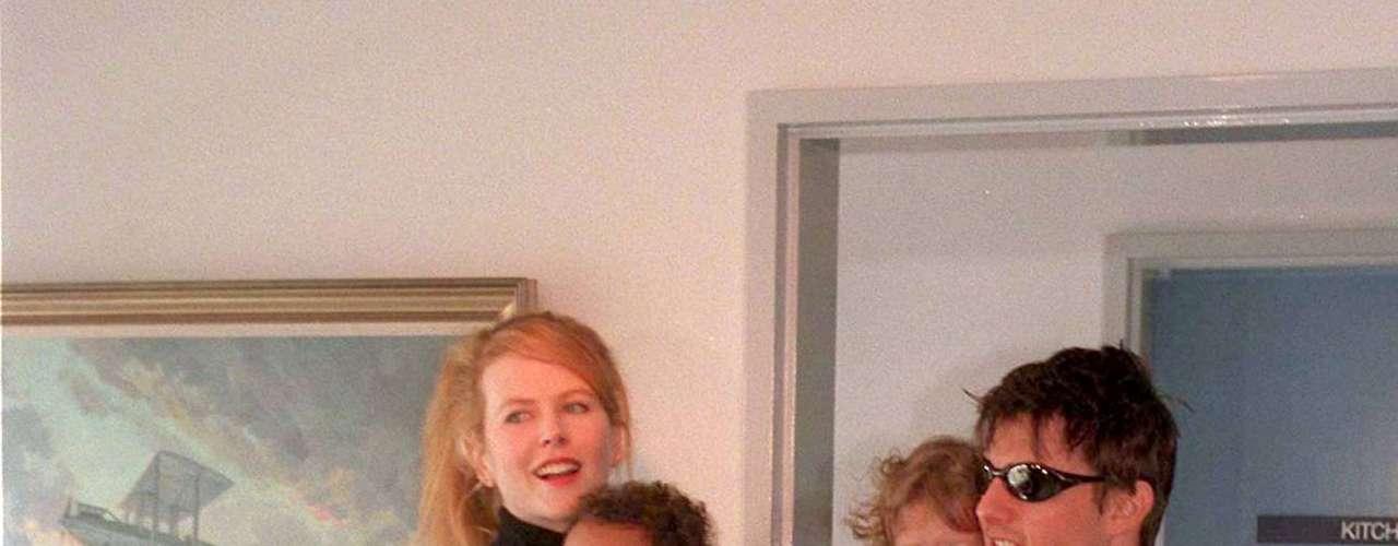 Nicole Kidman.  La actriz  y Tom Cruise adoptaron a   Isabella Jane y Connor Antony.   Isabel, nació el 22 de diciembre de 1992, y Connor,  el 17 de enero de 1995. Ambos fueron adoptados el mes después de que nacieran.