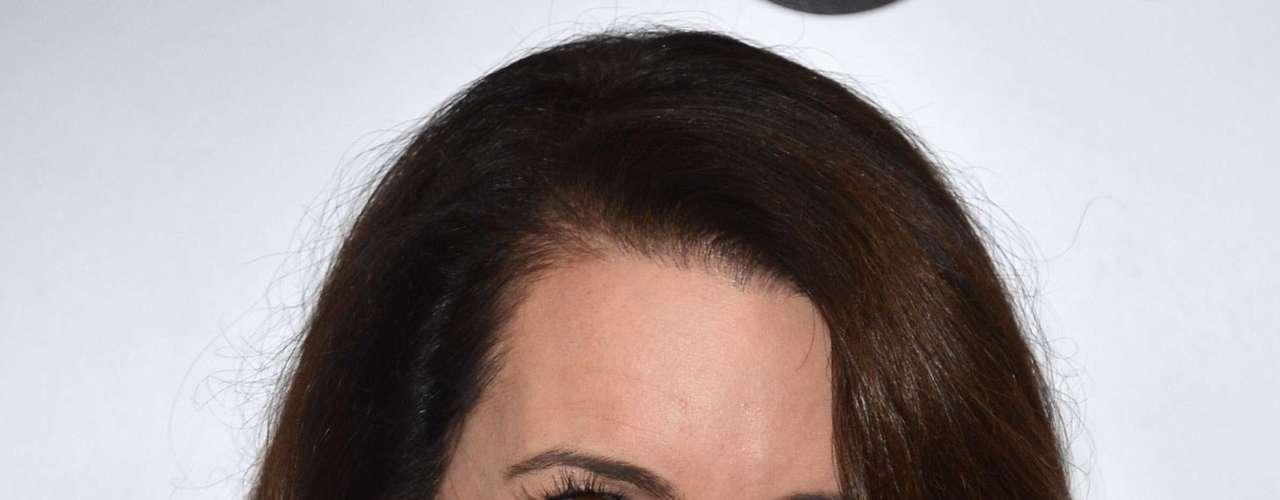 Kristin Davis. La conocida  Charlotte York Goldenblatt en el popular programa de televisión Sex and the City, llevó su personaje a la realidad cuando anunció, el 7 de octubre de 2011, que había adoptado a Gemma Rose .