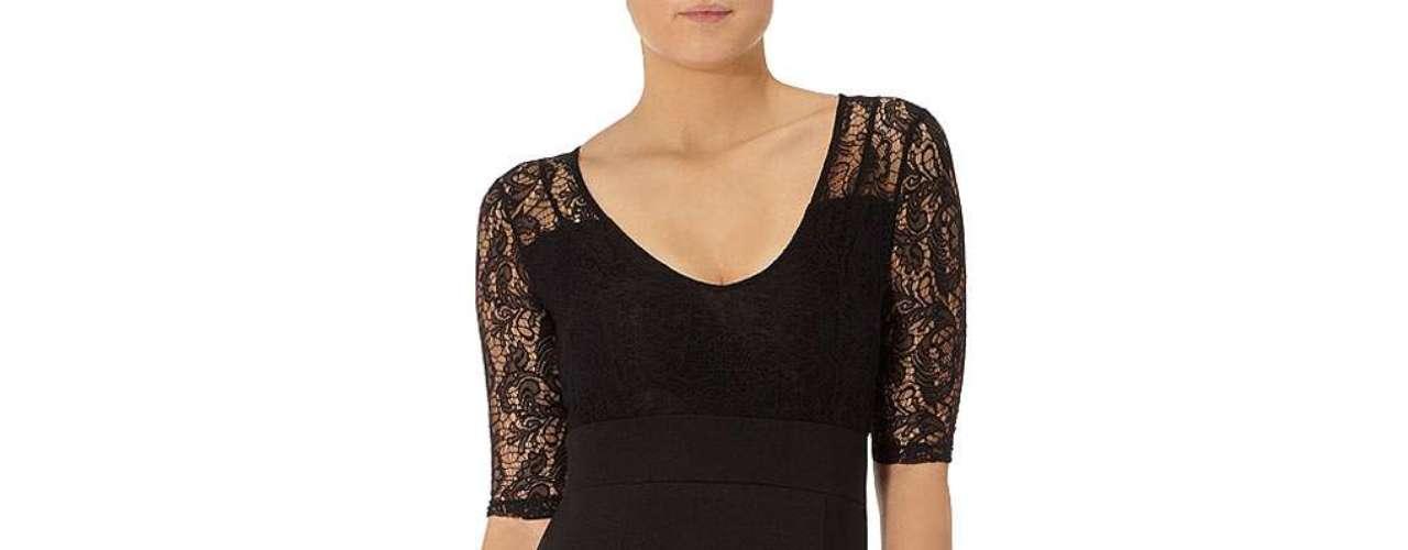 La elegancia con este vestido negro con  encaje en la parte superior a $ 79,00