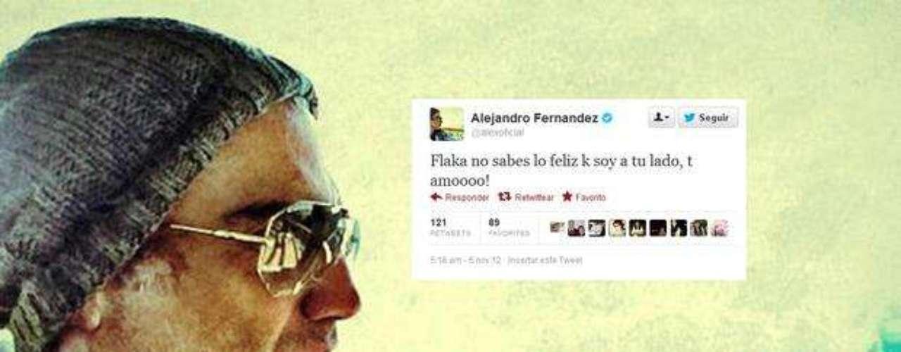 Alejandro Fernández, tal vez contagiado por la emoción de hacer un maravilloso concierto en Guadalajara, gritó a los cuatro vientos que está enamoradísimo de su actual pareja la modelo Karla Laveaga. \