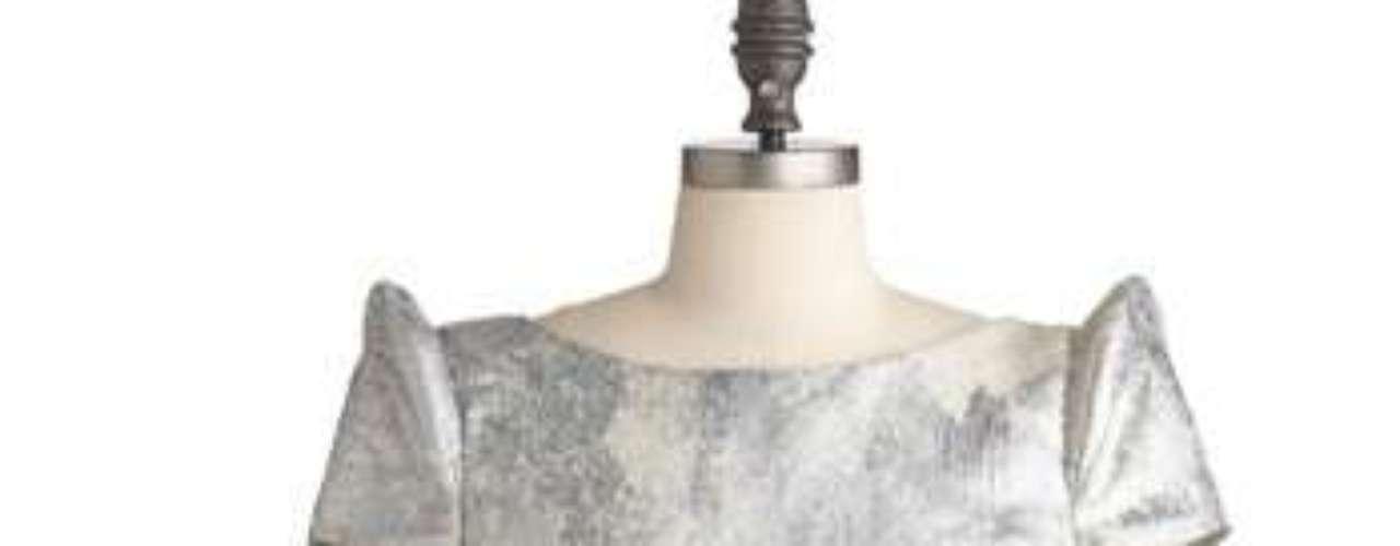 Adorable, sencillo pero impactante. Un vestido que querrás usar todo el año. 117 dólares en modcloth.com