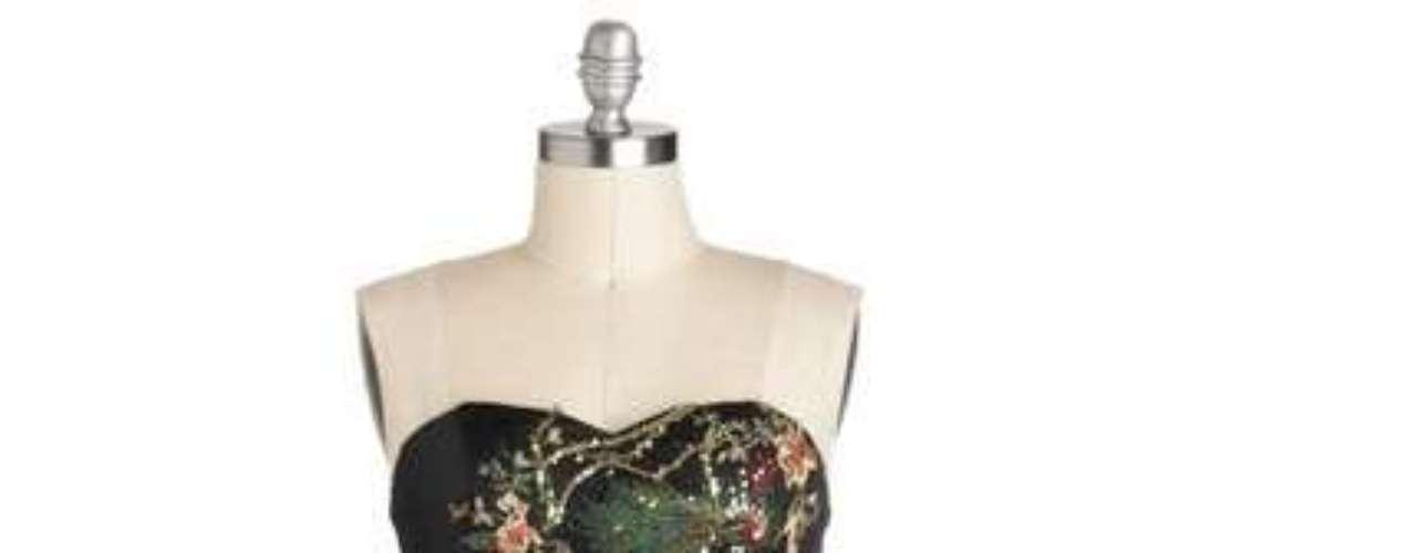 Para las que adoran llamar la atención, un vestido que atrae miradas. 80 dólares en modcloth.com.